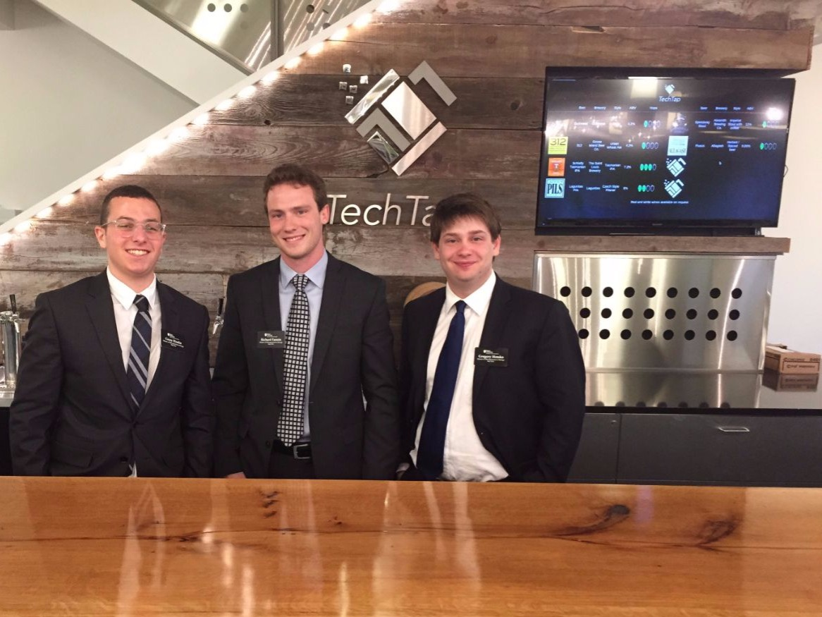 Finance Students Explore Job Opportunities in Chicago